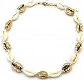 H-F4.1 N2001-007B Short Shell Necklace 40-45cm Gold-Beige