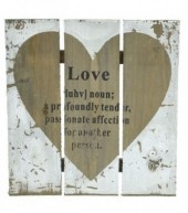 R-C7.2 Wooden Plate with Heart Love 24x24cm